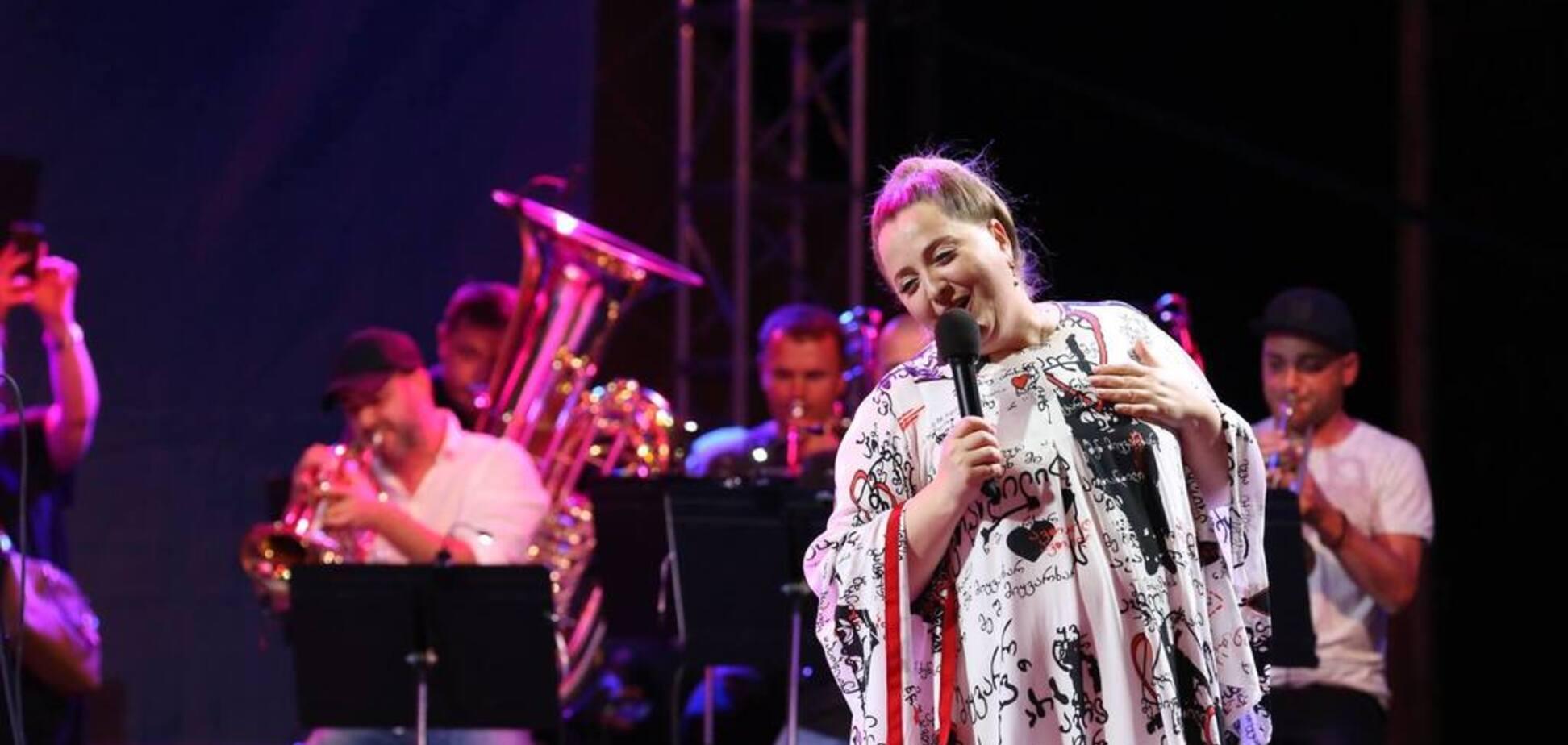 ''Я поддерживаю Украину'': знаменитая певица выразила позицию после агрессии России