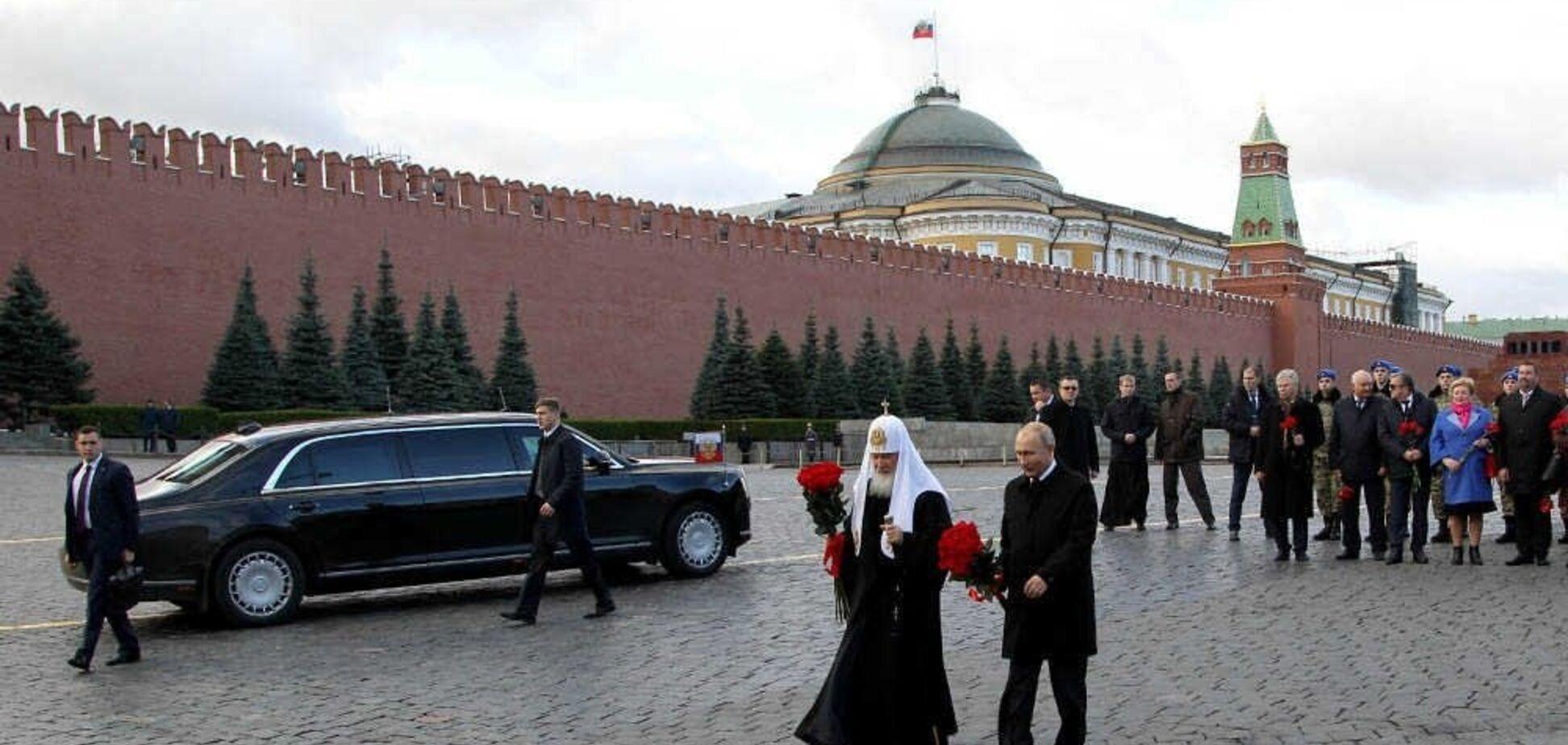 'Мужик в платье': в сети высмеяли нелепое фото Путина и Кирилла