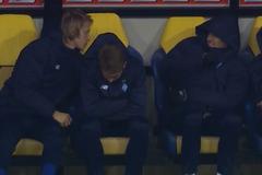 Футболисты 'Динамо' устроили ''драку'' на скамейке запасных в игре с 'Шахтером' - видеофакт