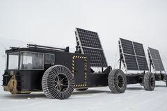 На смітті і сонячних батареях: пара з Нідерландів вирушила підкорювати Антарктиду
