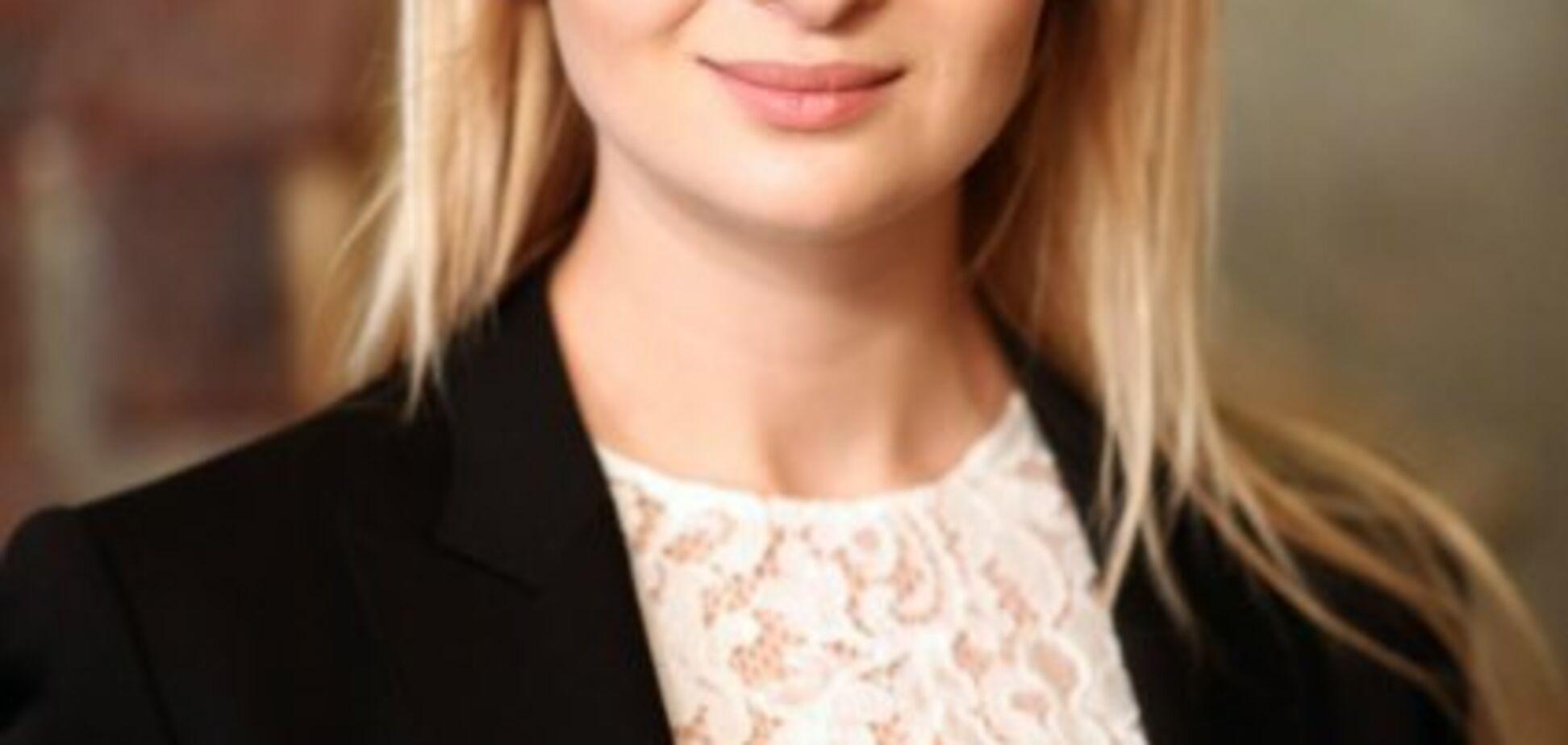 Справа про розкрадання $20 млн ''Ощадбанку'': втекла підозрювана донька нардепа Березкіна