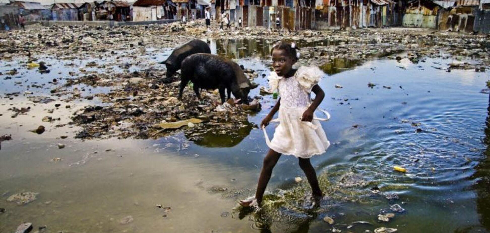 Гаїті затопили тисячі тонн сміття