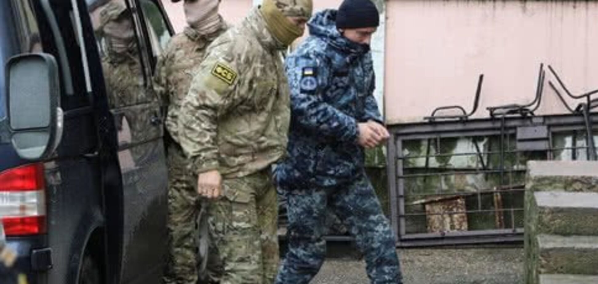 Інцидент у Керченській протоці: українських моряків захищатиме відомий адвокат