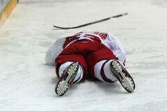 Российский хоккеист умер во время матча