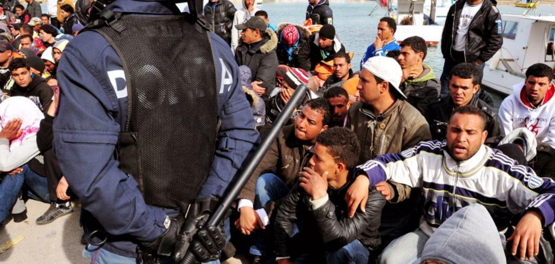 Франція протестує: Боровий попередив про розкол через мігрантів