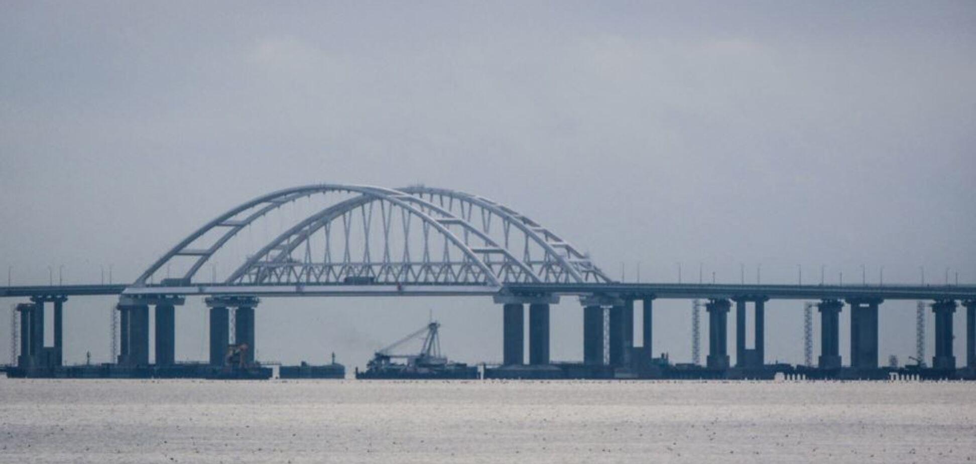''Запасаемся попкорном'': оккупантам предрекли проблемы с Крымским мостом