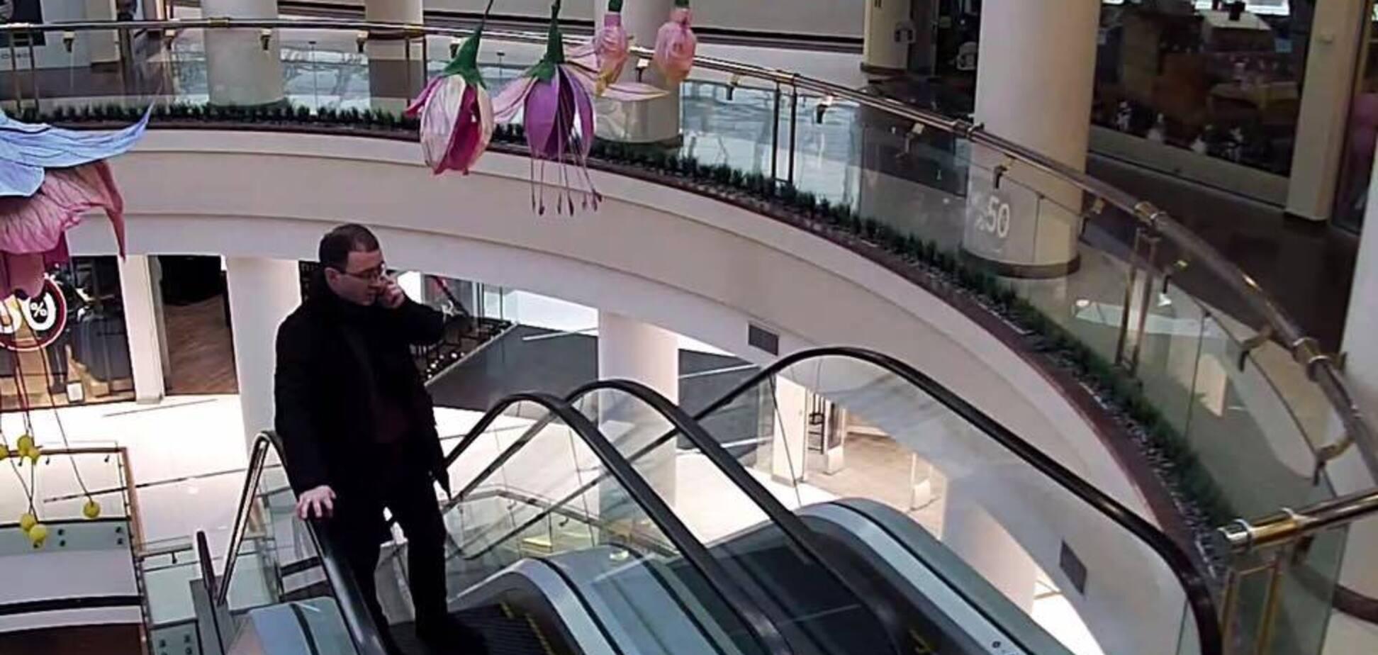 Викрито схему ''щипачів'' у великому ТЦ Києва: фото і відео злочинців за роботою