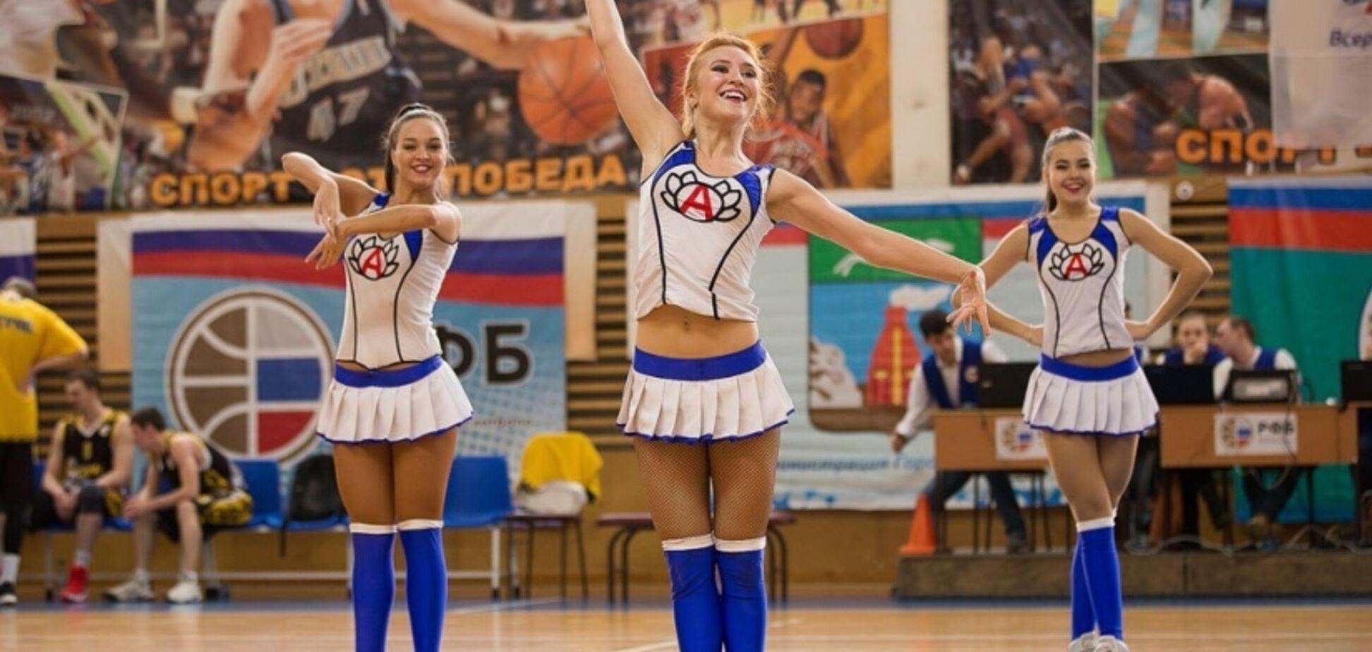 ''Жмакнув 14-річну чирлідершу'': в російському баскетболі спалахнув секс-скандал — відео
