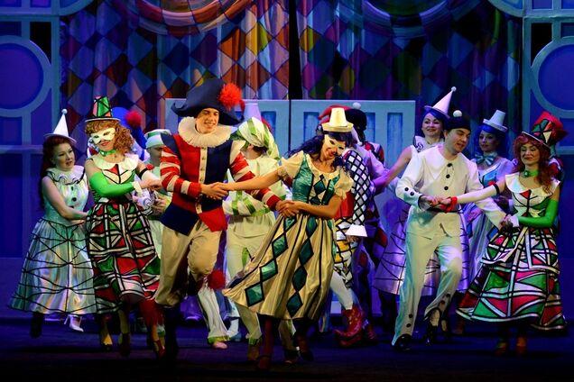 """22 декабря в Национальной оперетте покажут музыкальную сказку """"Приключения Буратино"""""""