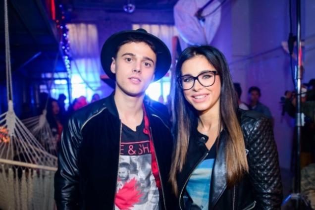 ''К Ани Лорак особые чувства'': скандальный певец рассказал о близкой связи с артисткой