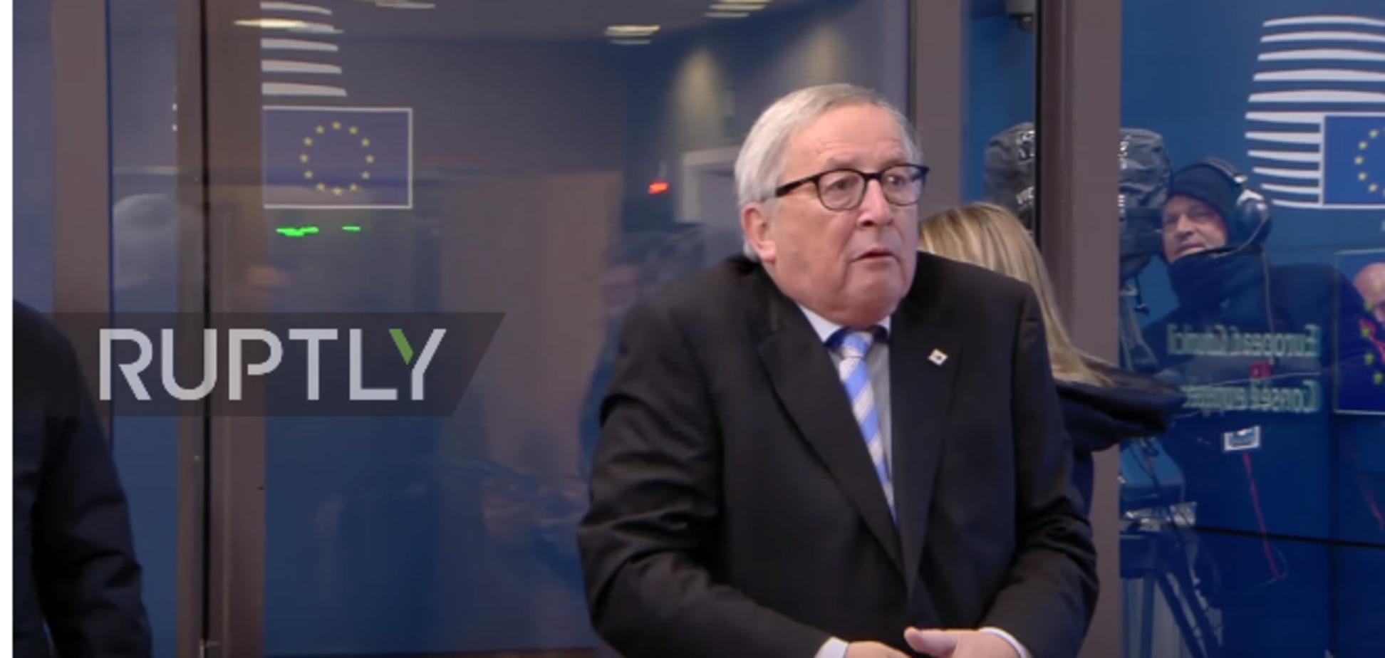 Юнкер дивно повівся на саміті лідерів ЄС: курйозне відео
