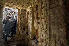 В Египте обнаружили нетронутую гробницу возрастом 4400 лет: видеофакт