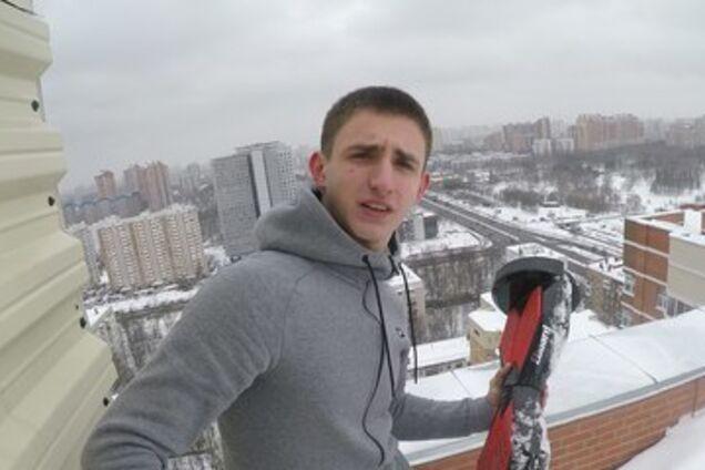 Вез девушку в багажнике: в Москве задержали скандального пранкера