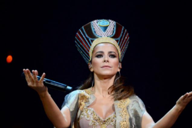 ''Сплошная пошлость'': скандальное шоу Ани Лорак покажут в Украине