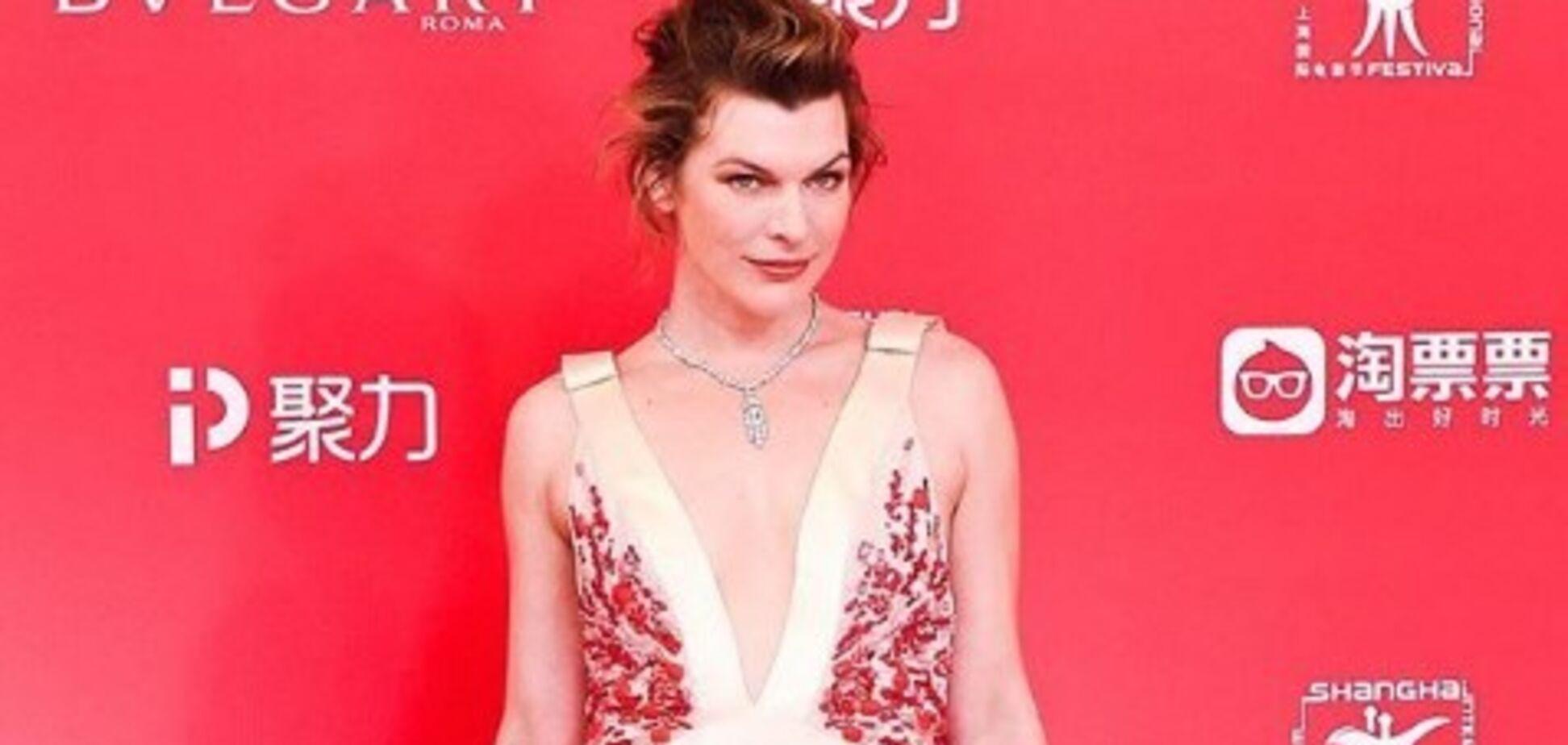Зірка Голлівуду одягла дочку в вишиванку: миле фото