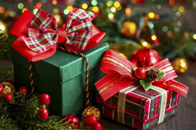 ''Носки и конфеты были роскошью'': украинские звезды рассказали о подарках на День святого Николая