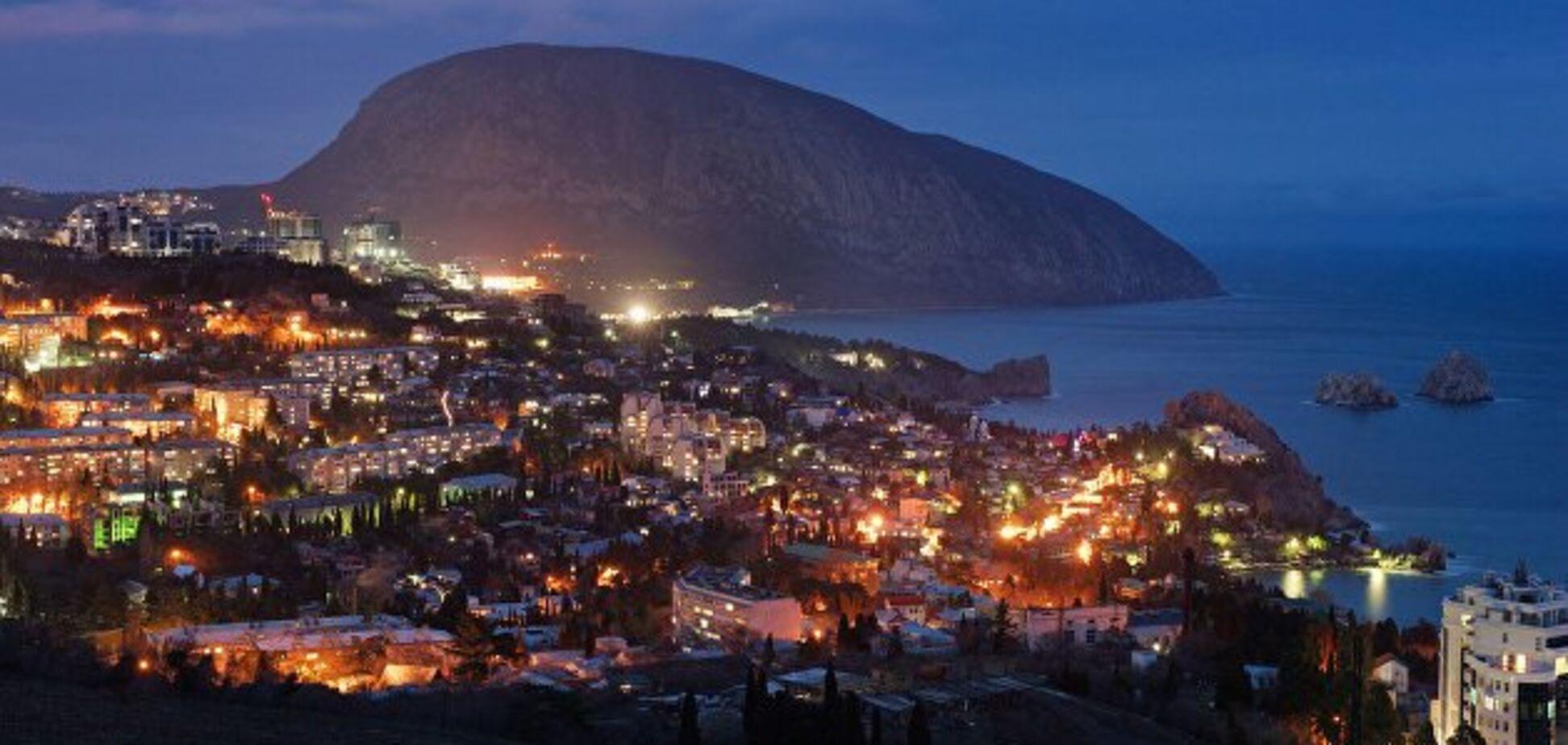 Крым в оккупации: обещали ''золотые горы'', но чуда не произошло
