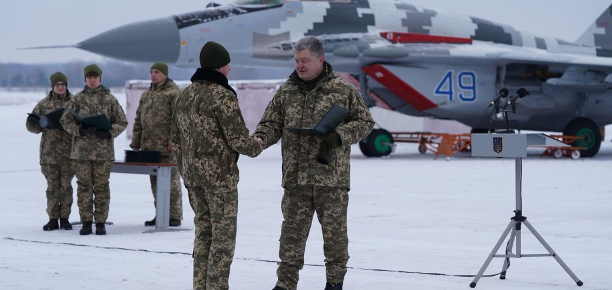 ЗСУ отримали сучасні бойові літаки: фоторепортаж