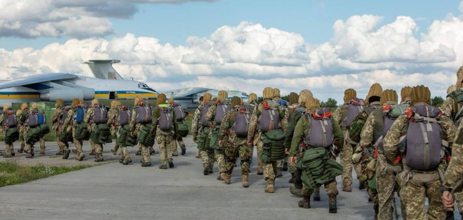 Порошенко оголосив про масштабне перекидання десанту до морів через Росію