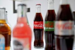 Влияют губительно: ученые раскрыли неожиданную опасность сладких напитков