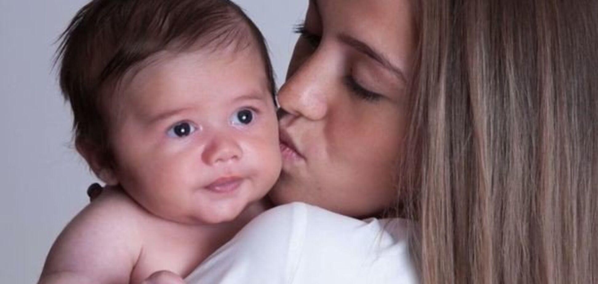 Живот был совершенно плоским! Девушка узнала о беременности на девятом месяце