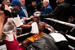Был в коме: по нокаутированному Гвоздиком боксеру появилась официальная информация