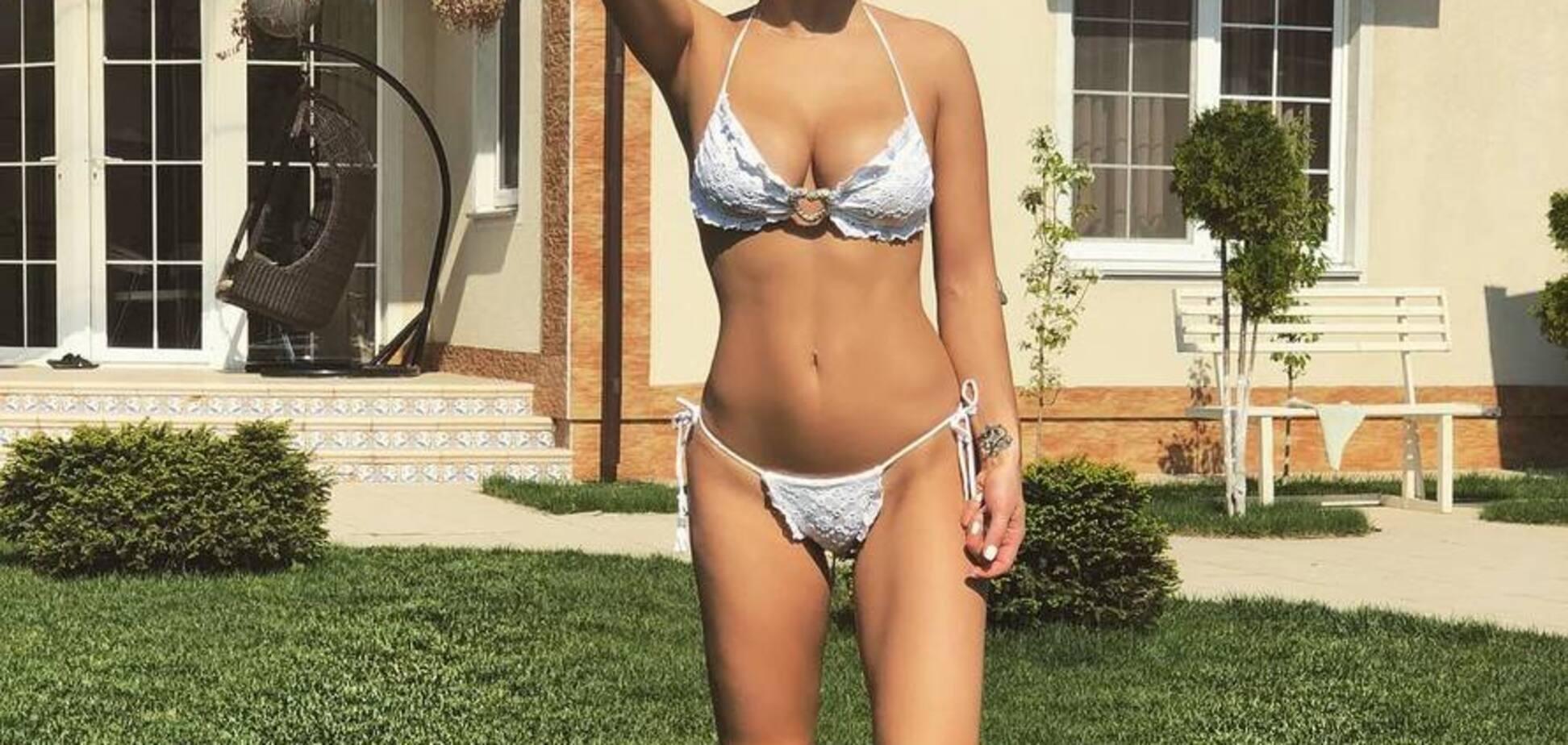 Дружина екс-футболіста збірної України виклала фото без спiдньої білизни