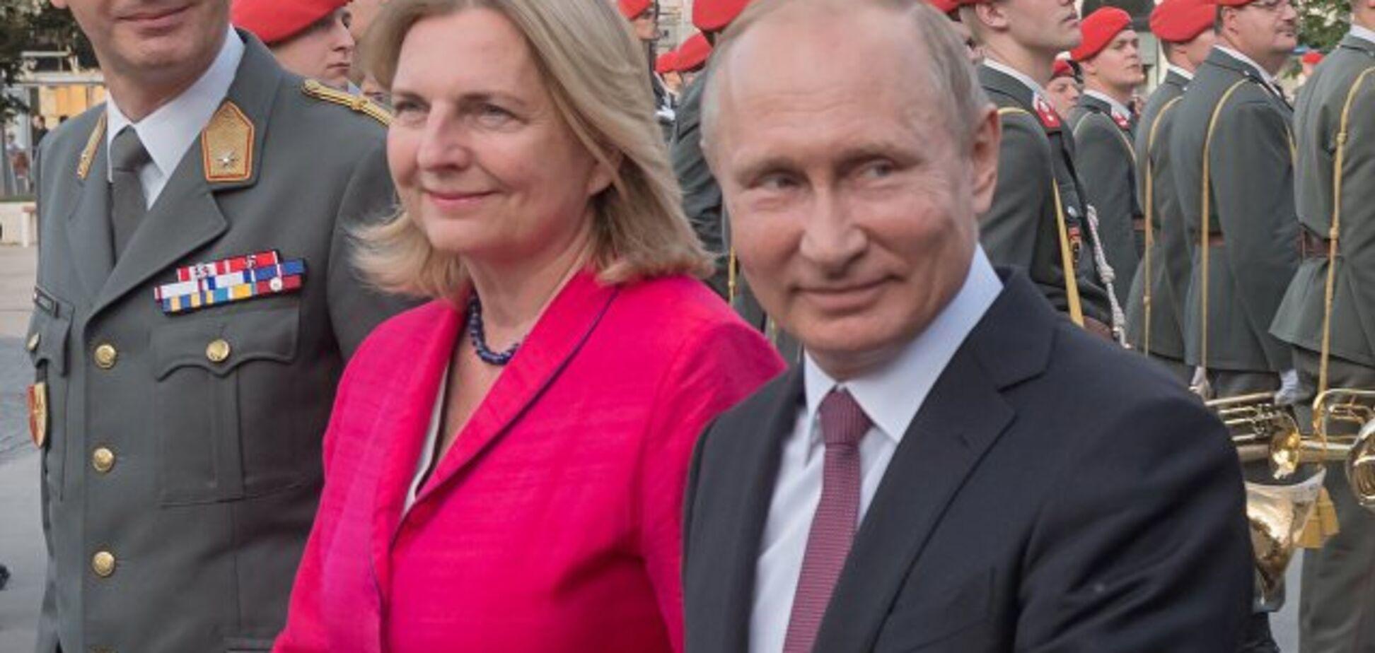 ''Нет отношений'': глава МИД Австрии открестилась от Путина