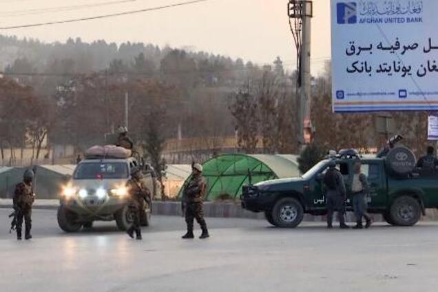 Атака боевиков в Кабуле: число погибших резко увеличилось