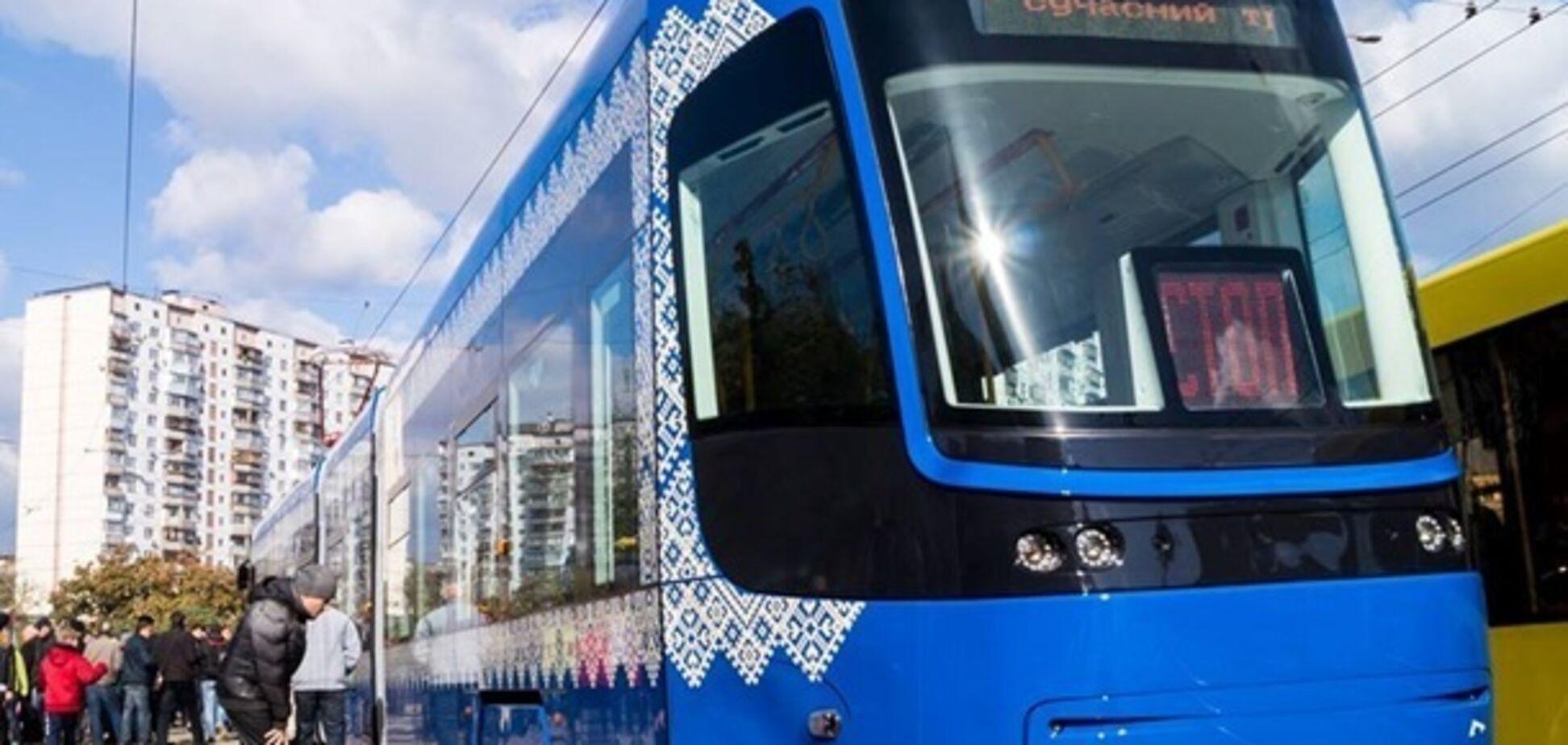 Киев получил новые трамваи из Польши: фото