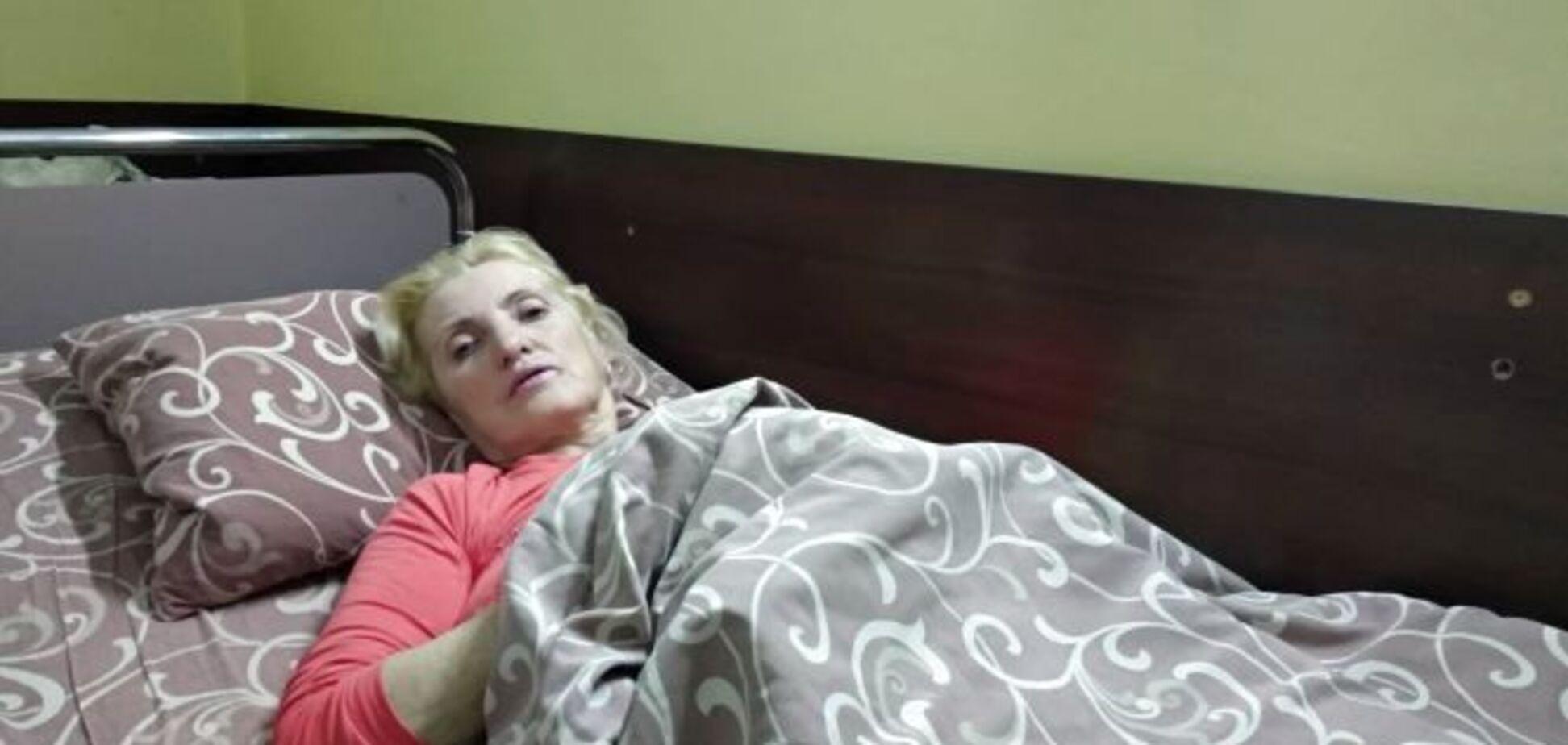 ''Не дали одеяла, кричали'': пострадавшая от падения полки пассажирка рассказала об ужасах ''Укрзалізниці''