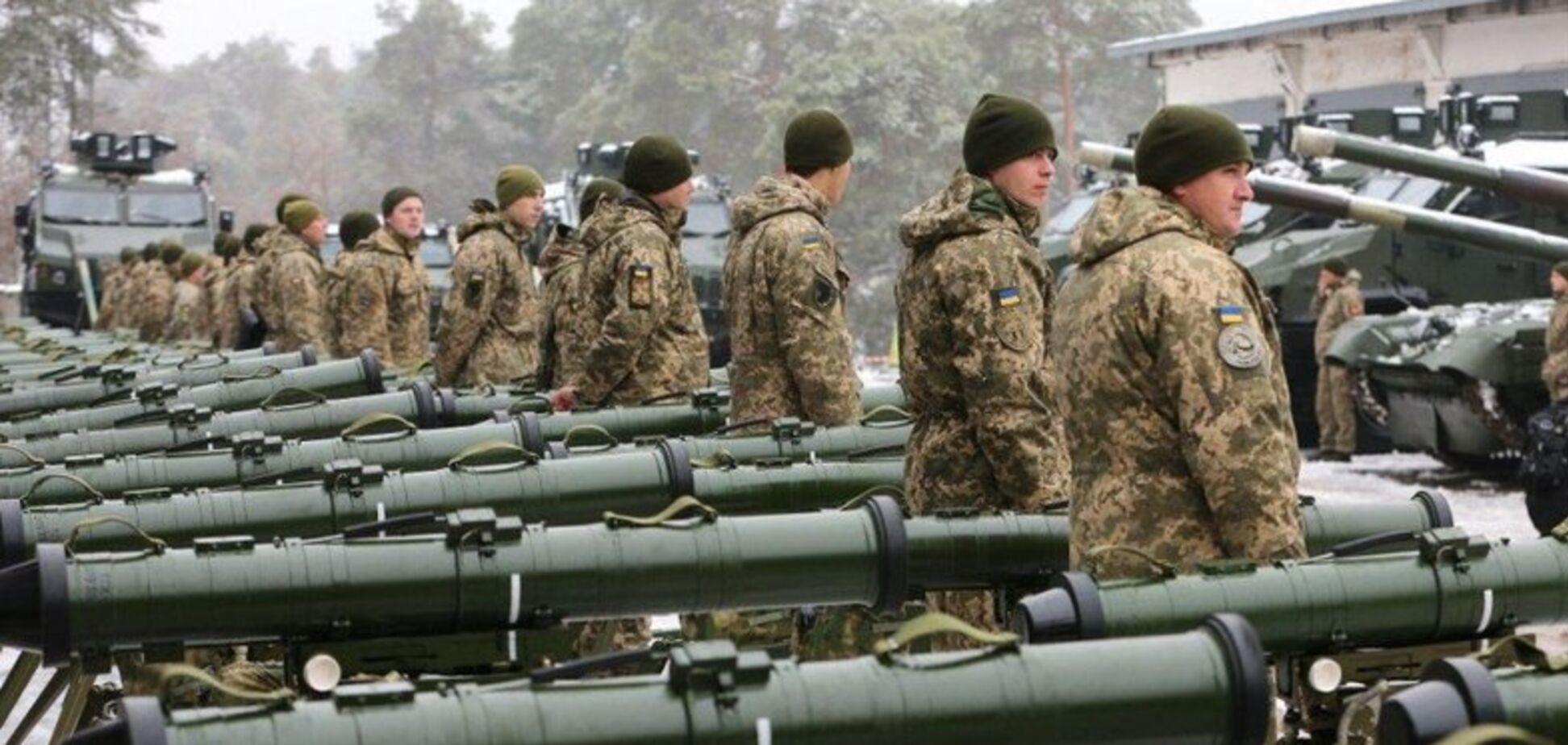 В Україні скликають велике військове засідання: у Порошенка пояснили