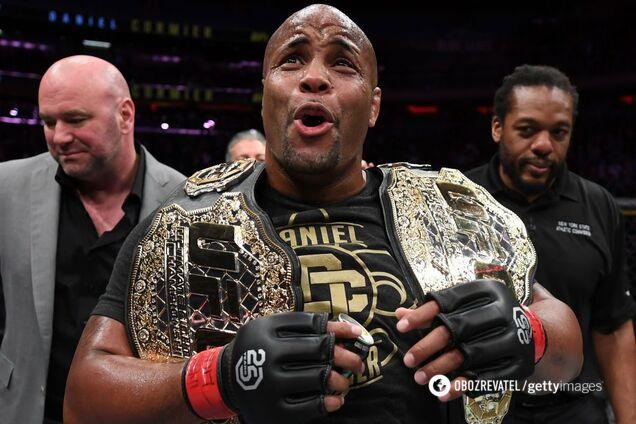 Кращий боєць UFC відмовився від чемпіонського пояса
