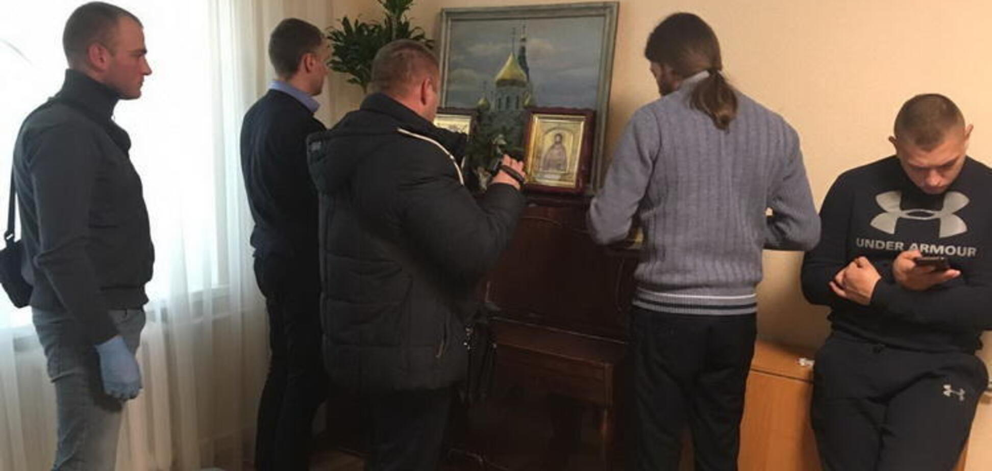 В соборы УПЦ МП нагрянули с массовыми обысками: что известно
