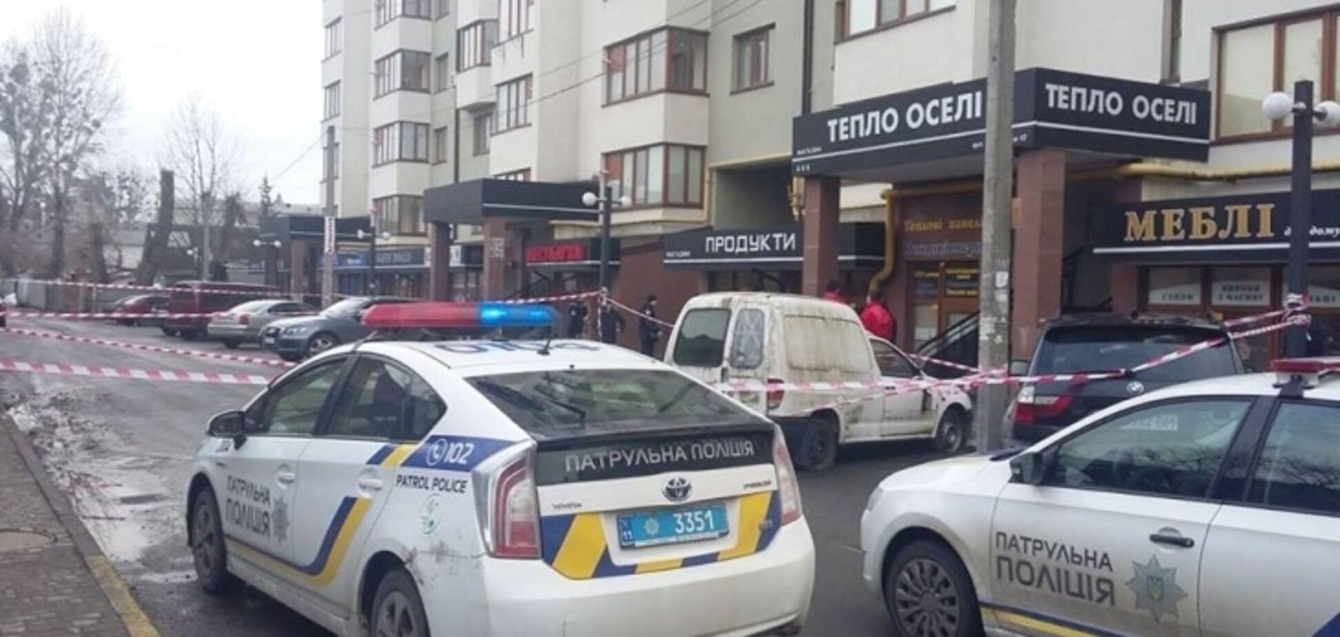 У центрі Івано-Франківська розстріляли кримінального авторитета: фото і відео
