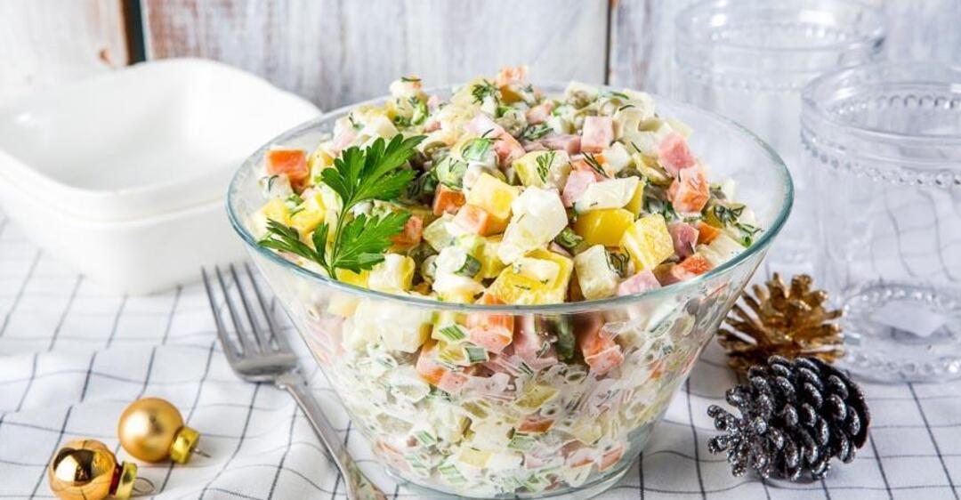 Открытки салат оливье, свиньи