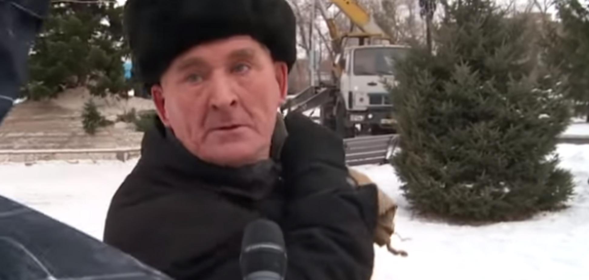 ''Х** без солі доїдаю!'' Реакція російського пенсіонера на міську ялинку стала вірусною у мережі