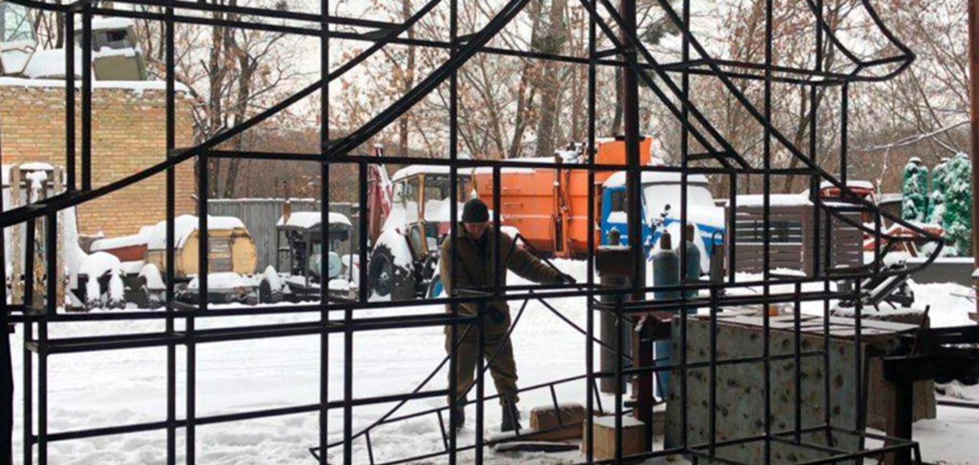 На 'Співочому полі' почали будувати апельсинові замки