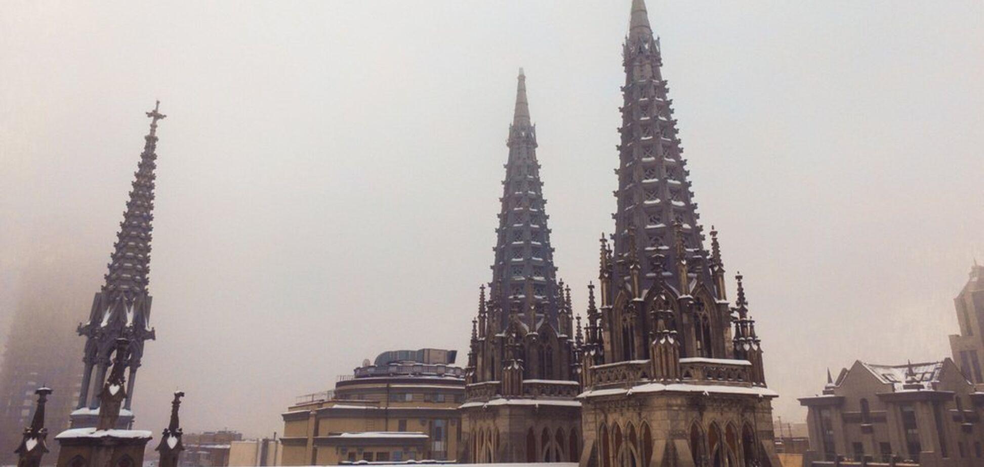 Столиця в тумані: з'явилися гарні фото Києва з висоти