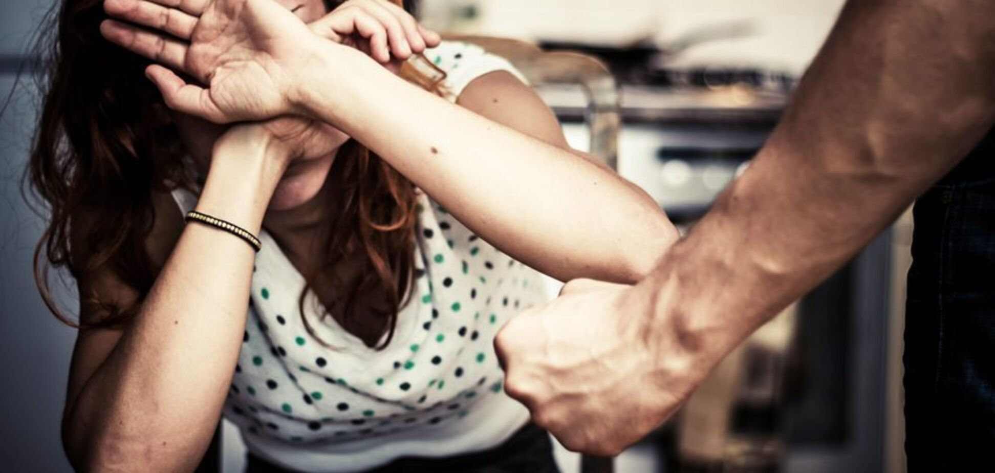 Як врятуватися від сімейного тирана: психолог дала поради жінкам