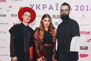 KAZKA на російському шоу: в Україні викрили ''відмазки'' гурту