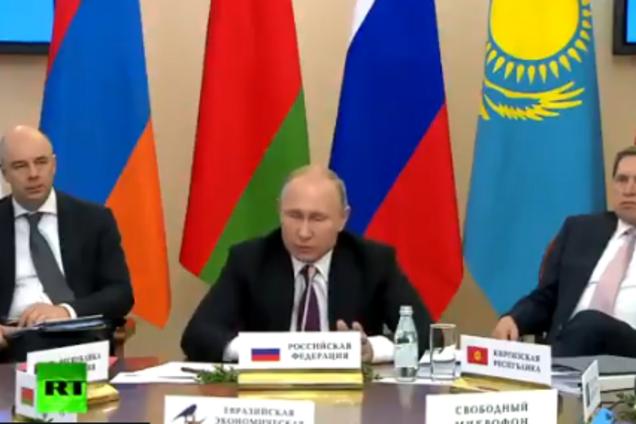 Путин на встрече с Лукашенко