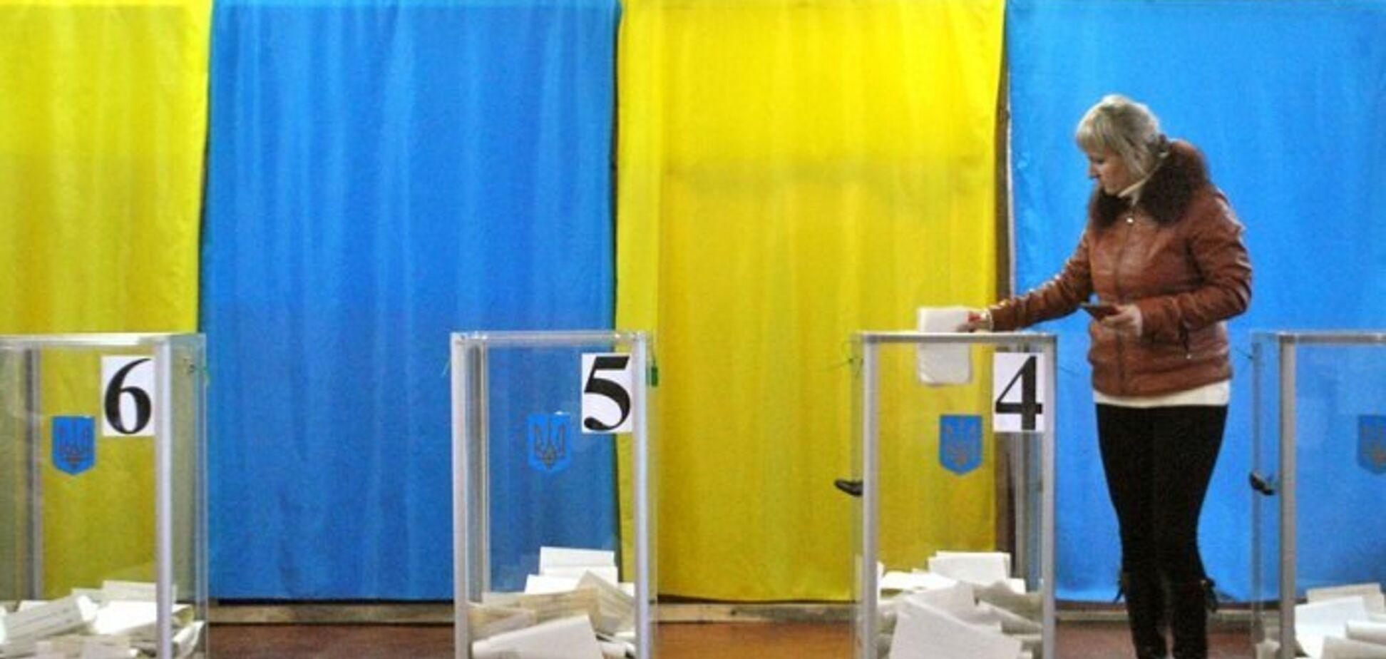 Военное положение в Украине: нардеп прояснил судьбу местных выборов