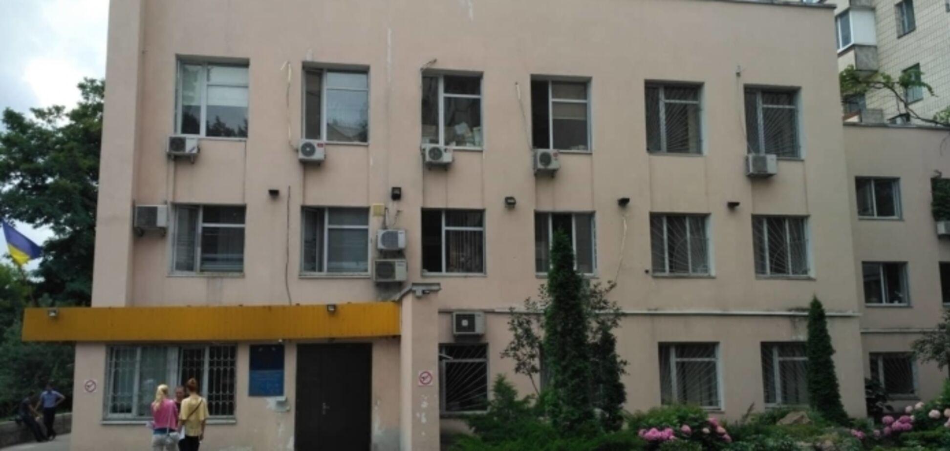 У Києві із зали суду втік небезпечний підозрюваний у вбивстві: його фото