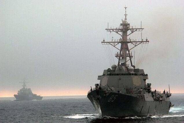 Есмінець США USS McCampbell