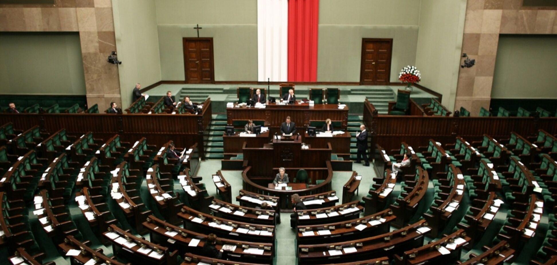 Поляки мають розуміти: сьогодні їм аплодує Москва, а завтра московський чобіт може топтати їхню землю