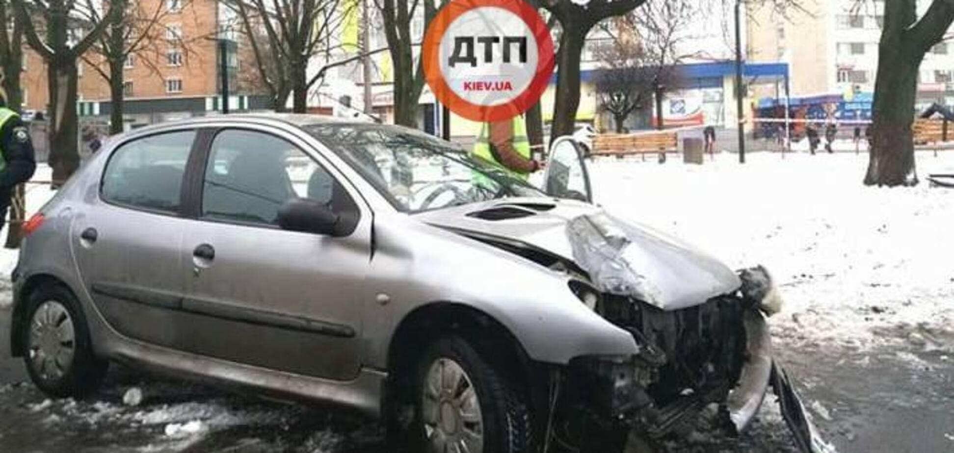 На Київщині п'яна дівчина влаштувала смертельну ДТП на переході
