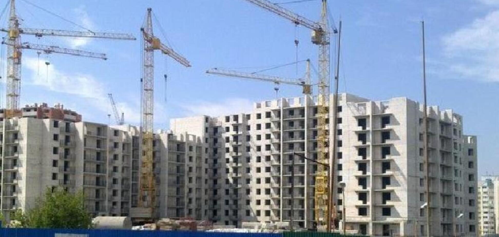 Незаконні новобудови Києва: зібрано повний список проблемних будинків