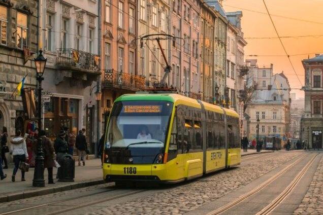 Иначе штраф: Львове обязал весь бизнес перейти на украинский язык