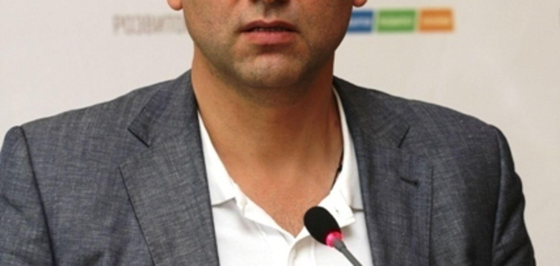 На поруки нардепов: суд отпустил заместителя Труханова